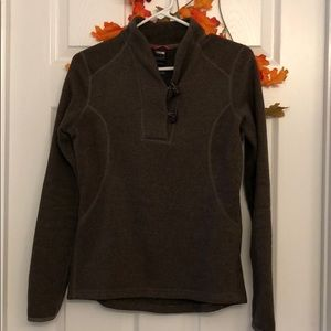 North face sweater EUC